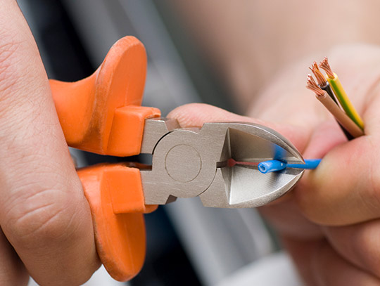 El-system Ærø og Marstal, Elektriker og el-installatør, profil, orange bidetang